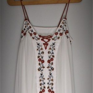 Lauren Conrad Embroidered Boho Dress Gown Size S
